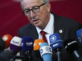 Juncker varuje: Odmietnutie dohody o brexite by spôsobilo obrovské komplikácie