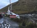 FOTO Lietadlo netrafilo pristávaciu plochu: Zabrzdilo tesne predtým, ako by spadlo do mora