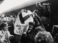 Vlak nežnej revolúcie - mimoriadny študentský vlak vypravili 6. decembra 1989 z Bratislavy cez Žilinu do Košíc. Viezlo sa v ňom asi 1000 vysokoškolákov, členovia Radošinského naivného divadla, herci a pod. Postupne vo väčších mestách vystupovali asi 20-členné skupinky, ktoré sa zúčastnili na miestnych mítingoch.