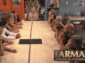 A toto čo má byť! Markizácki diváci v šoku: Súťažiaca na Farme mala v ruke MOBIL?!