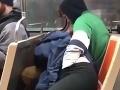 Dvojica nastúpila do vlaku, hneď sa oddala sexu: Rovno pred autistickým chlapcom!