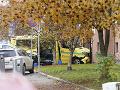 Muž v Osle vrazil ukradnutou sanitkou do davu: FOTO Polícia útočníka postrelila
