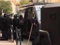 Muž, ktorý sa zabarikádoval v múzeu je už v rukách polície: Napáchal značné materiálne škody