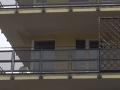 Kuriózny prípad v Brne: Muž ušiel počas domovej prehliadky policajtom a zamkol ich v byte