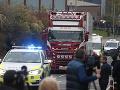 Nález 39 tiel v návese kamióna: Príbuzným obetí odobrali vzorky DNA