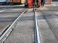 Chaos v Bratislave! Električka zrazila chodca, premávka je obnovená