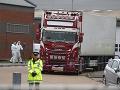 Dôležitý posun vo vyšetrovaní ohavného masakru: Identifikovali všetkých 39 mŕtvych z kamióna