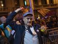 FOTO Státisíce ľudí protestujú proti uväzneniu katalánskych lídrov: Pripravovali ilegálne referendum