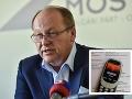 VIDEO Novinár zostal v šoku: Poslanec Jakab mu po nepríjemných otázkach ukradol mobil, ten sa bráni