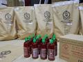 Drogoví díleri sú neuveriteľne vynaliezaví: Polícia odhalila metamfetamín vo fľaštičkách s čili