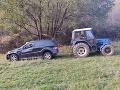 FOTO Najkurióznejšia nehoda posledných dní: Auto sa rútilo dole zjazdovkou
