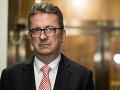 Glváč má na krku ďalší škandál: Firma blízka smerákovi tunelovala bratislavskú župu