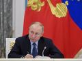 V Rusku odmietajú Wikipediu: Putin priniesol ruskú verziu tejto stránky