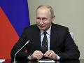 Putin sa nedal odradiť kritikou: Podpísal sporný zákon týkajúci sa blogerov a novinárov