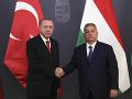 Erdogan sa stretol s Orbánom: Ak nebude iné riešenie, otvoríme migrantom hranice