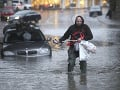 Záplavy v severnom a strednom Anglicku si vyžiadali evakuácie budov