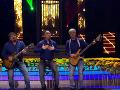 Paľo Topoľský, Rasťo Sokol a Andrej Bičan sa premenia na David band a zaspievajú chytľavú pieseň Kde si včera bol.
