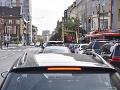PRÁVE TERAZ Premávka v Bratislave a okolí je spomalená, rátajte so zdržaním
