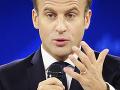 Pokračujú hádky o Notre-Dame: Macron odmieta pôvodný vzhľad veže