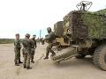 O život prišlo 30 vojakov, k brutálnemu útoku sa prihlásil Daeš