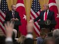 Trump sa stretol s Erdoganom: Nákup ruského systému S-400 Tureckom vytvára závažné problémy