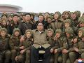 Kim Čong-un chce vybudovať neporaziteľnú armádu: FOTO Ďalšie vojenské cvičenie v KĽDR