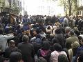 Nočné nepokoje v centre Bejrútu: Policajti utrpeli zranenie, zasiahli ich kamene