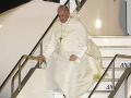 Pápež pricestoval na návštevu do Japonska: Vyzýva na úplné odstránenie jadrových zbraní
