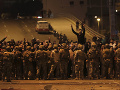 Brutálny útok na protestujúcich, stúpenci hnutia Hizballáh ich napadli kovovými tyčami
