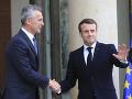 Macron sa stretol so Stoltenbergom: Prezident obhajuje tvrdenie o NATO, potrebný bol budíček