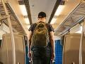 Slovák pátra po dievčine, ktorú stretol vo vlaku: Išla si z Bratislavy a mala si čierne rifle!