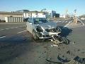 Hrozivo vyzerajúca nehoda v Senci: Zrazili sa dve vozidlá, jedna osoba sa zranila