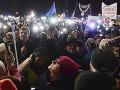 V Poľsku vyšli ľudia do ulíc: Vyjadrili podporu sudcom, ktorí čelia politickému tlaku