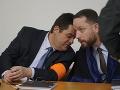 ONLINE zo súdu v kauze zmenky: Prokurátor navrhuje väzbu pre Ruska, Kočner si trhá papieriky