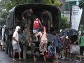 Tajfún Kammuri udrel na Filipíny: Evakuovať museli 340-tisíc ľudí