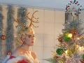 Katy Perry bez zábran: Vo vianočnom VIDEU vyzliekla seba aj Santa Clausa!