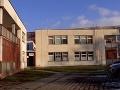 Riaditeľovi strednej školy je mi ľúto, čo sa stalo. Nateraz nevie poskytnúť bližšie informácie.