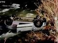 Desivá nehoda na východe: FOTO Auto s piatimi mladými ľuďmi skončilo v studenom potoku