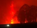 VIDEO Pri Sydney sa vytvoril lesný megapožiar, situáciu zhoršuje počasie