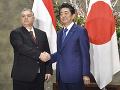 Viktor Orbán a japonský premiér Šinzó Abe