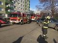 VIDEO Hasiči a záchranári opäť v pohotovosti: Byt v Bratislave zachvátili plamene