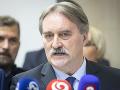 Maďarská komunitná spolupatričnosť predstavila v Komárne svoj predvolebný program