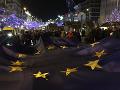 V Prahe sa konali ďalšie mohutné protesty proti Babišovi: Jeho odchod žiadali desaťtisíce ľudí
