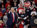 Trump dôrazne upozorňuje Rusko: Nezasahujte do našich volieb!