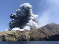 Erupcia sopky White Island