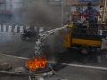 FOTO Polícia v Indii strieľala do demonštrantov: Hlásia dve obete