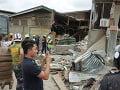 FOTO Silné zemetrasenie na Filipínach: Jedna detská obeť a zrútený obchodný dom