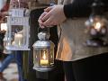 Betlehemské svetlo je už v Bratislave: Priniesli ho skauti ako symbol pokoja a porozumenia