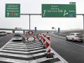 VIDEO Po troch rokoch otvorili pre motoristov diaľničný úsek D1 Budimír - Bidovce