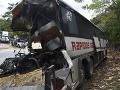 FOTO Tragédia v Guatemale: Pri vážnej nehode autobusu a kamióna zahynulo najmenej 20 ľudí
